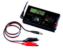 Multiplex POWER PEAK A4 EQ-LCD 230V/12V Ladegerät
