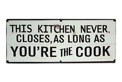 KJ Collection Metallschild This Kitchen Never Closes 39 x 15cm