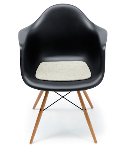 hey sign sitzauflage eames plastic armchair antirutsch. Black Bedroom Furniture Sets. Home Design Ideas