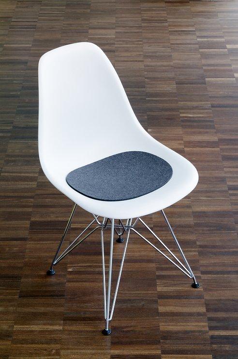 Hey-Sign Sitzauflage Eames Plastic Sidechair Filz Antirutsch schwarz - Pic 2