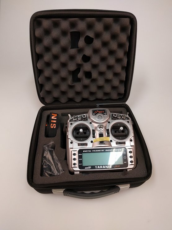 FrSky Taranis X9D Plus + Soft Case - Pic 3
