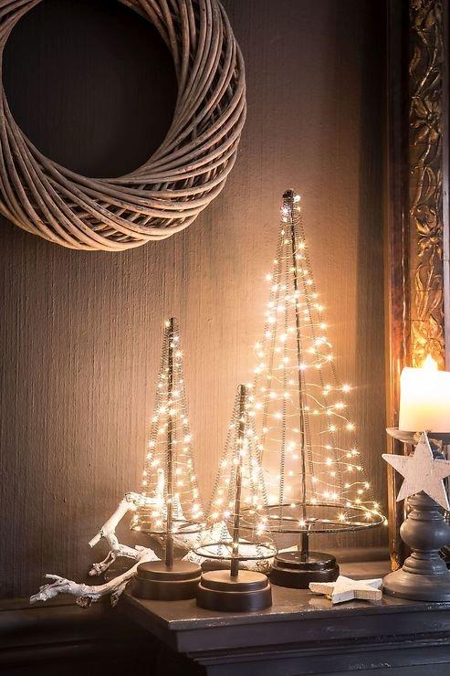 christmas united led weihnachtsbaum 250 led 100cm metall silber innen au en kaufen. Black Bedroom Furniture Sets. Home Design Ideas