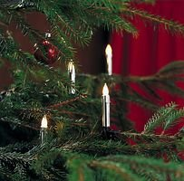 Konstsmide Lichterkette Baumkerzen Wachsoptik silber 20 Glühbirnen 5,7m grün