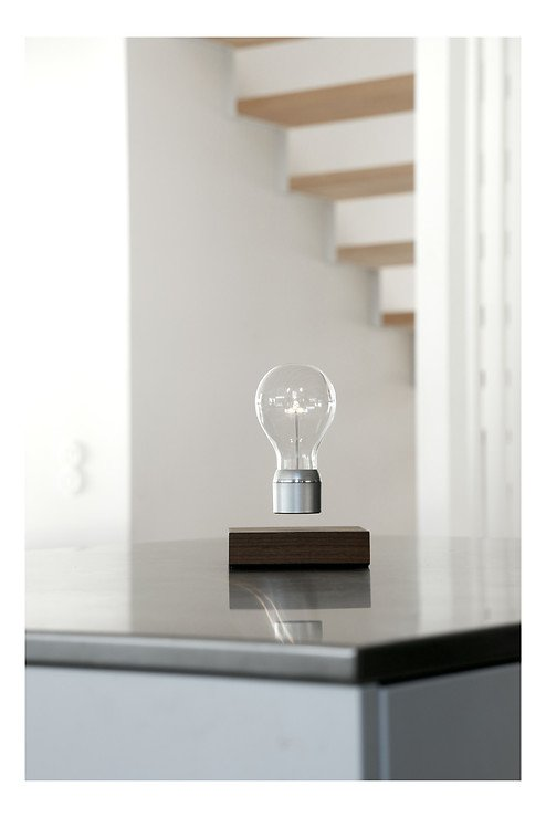 Flyte LED Tischlampe Manhattan Walnussholz - Pic 1