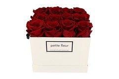 Petite Fleur Flowerbox Infinity Rosen M quadratisch in Dunkelrot mit 10-12 Rosen