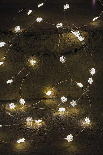 Sirius Lichterkette Nynne 40 LED Schneeflocken batteriebetrieben innen 3,9m