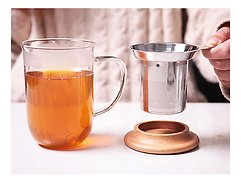 Viva Scandinavia Teetasse Minima Balance Glas Holz natur